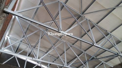 khung thép mái tôn